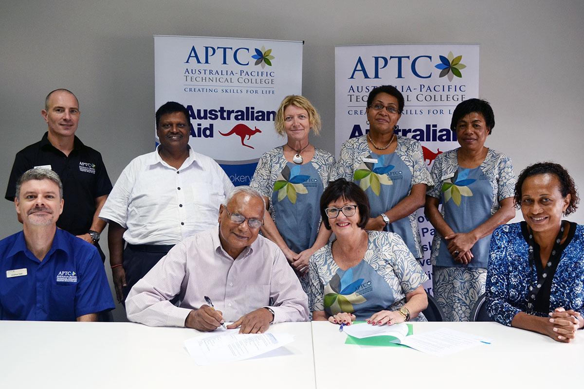TISI CON Chairman, Mr Amraiya Naidu and APTC